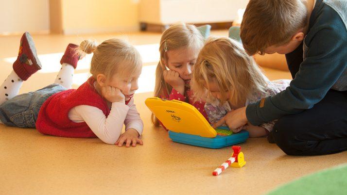 """Bildungsabend """"Smartphone und Internet"""" – eine Herausforderung für Familie und Gemeinde"""